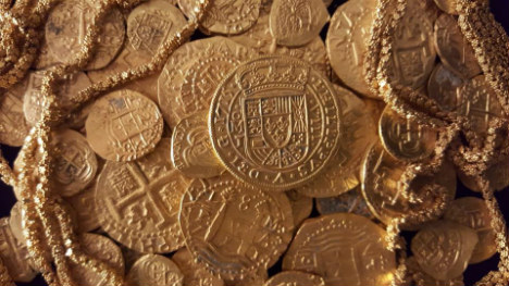 Third time lucky family find $1m of Spanish gold