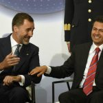 King Felipe cracked a joke with Mexican President, Enrique Pena Nieto, during a meeting with Mexican and Spanish businessmen in Mexico City. Photo: Alfredo Estrella/AFP