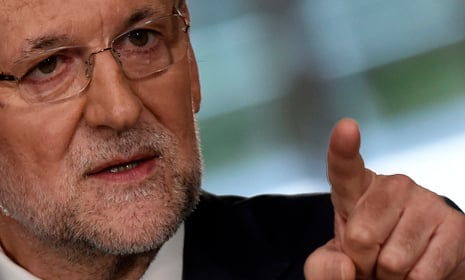 Spanish public workers to get pay rise