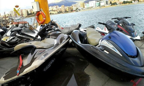 15 arrested in Spain for smuggling migrants on jet skis from Morocco