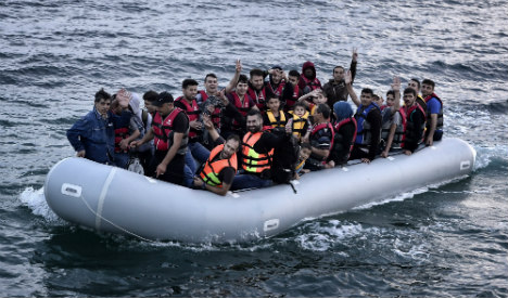 Four migrants drown trying to swim into Spain