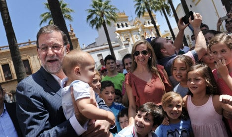 PM calls for huge turnout in Catalonia elections