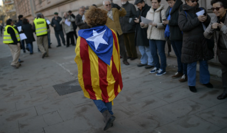 Independence for Catalonia would mean leaving EU, warns Brussels