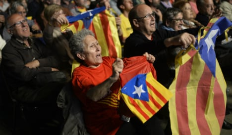 Catalan pro-secession parties could clinch parliamentary majority: poll