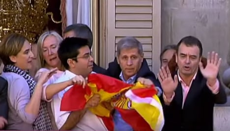Politicans squabble over flags flying at Barcelona City Hall ceremony