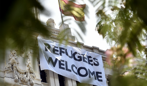 Citizens pressure the government of Spain to welcome in more refugees