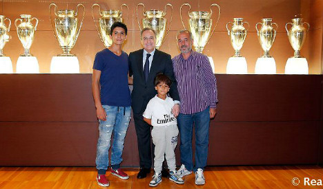 Tripped Syrian refugee family sees 'dream come true' at Real Madrid