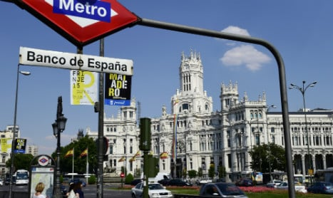 Madrid city hall considers court challenge to interest-rate swaps