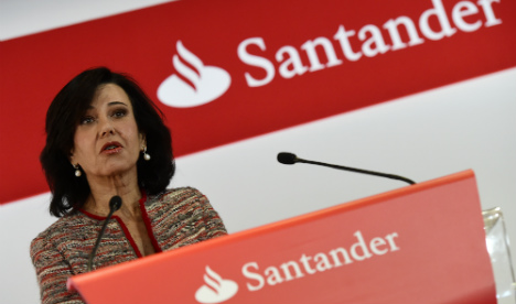 Santander tried to delay news of fine over money laundering breach