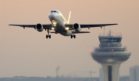 Spanish air traffic controllers call off strikes after union reaches deal