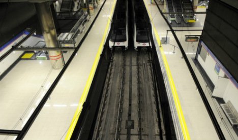 Man plunges onto metro rails when Madrid cycling stunt goes wrong
