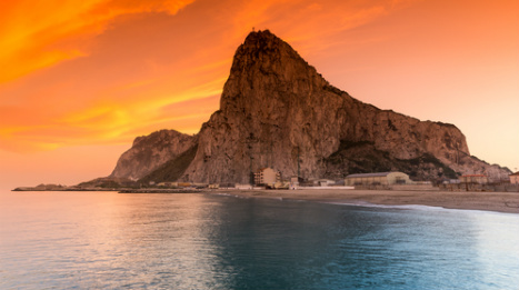 Gibraltar goes to polls amid tough talk on Spain and fears over Brexit