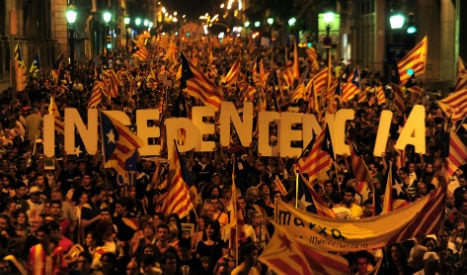 Spanish government challenges Catalan secession motion in court