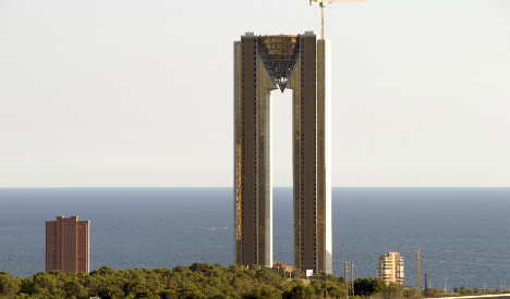 Room with a view? Skyscraper in Benidorm for sale to highest bidder