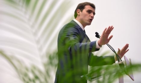 Spain's Ciudadanos calls for pact with conservatives and Socialists