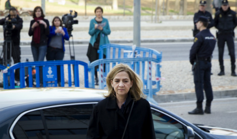Princess Cristina stands by her man as fraud trial resumes