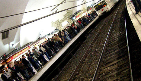 Barcelona metro fire causes rush-hour commuter ordeal