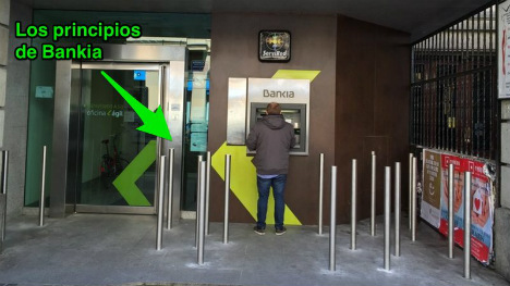 Outcry over Spanish bank's 'anti-homeless' metal bars