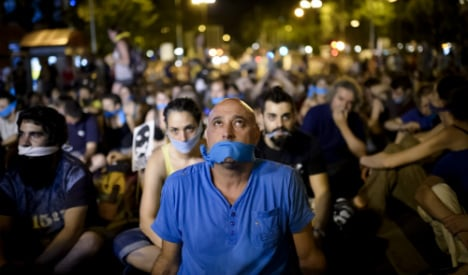 Thousands of Spaniards fined for 'disrespecting' police