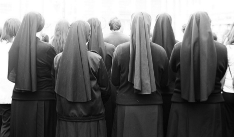 Spanish nuns prove virginity in bid to clear leader of order
