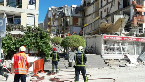 Four people pulled alive from collapsed building in Tenerife