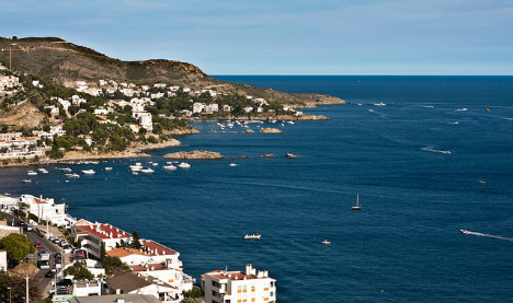 Couple found dead on yacht in Catalonia after 'drugs binge'