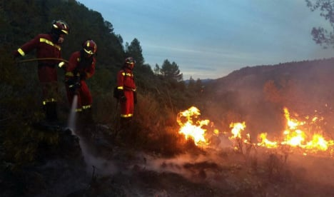 Wildfire forces evacuation of hospital in eastern Spain
