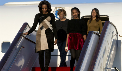 Mrs Obama and daughters to visit Spain at end of June