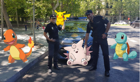 Police issue guidelines as Pokémon craze sweeps Spain