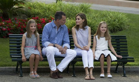 Spain's royal family pose for holiday snaps in Mallorca