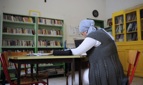 Spanish woman denied classes over her hijab