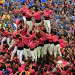 Each team, which includes children, carefully builds its towers competing to reach the greatest height.Photo: Lluis Gene / AFP