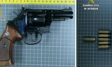 Spanish grandfather kidnaps his own family at gunpoint