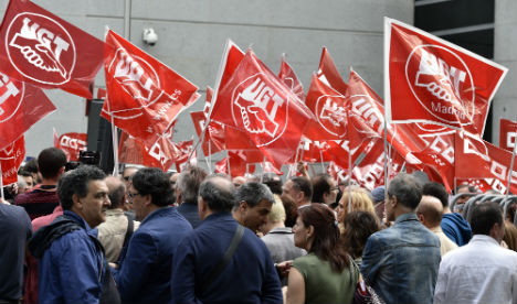 Spanish unions reject budget adjustment demanded by EU