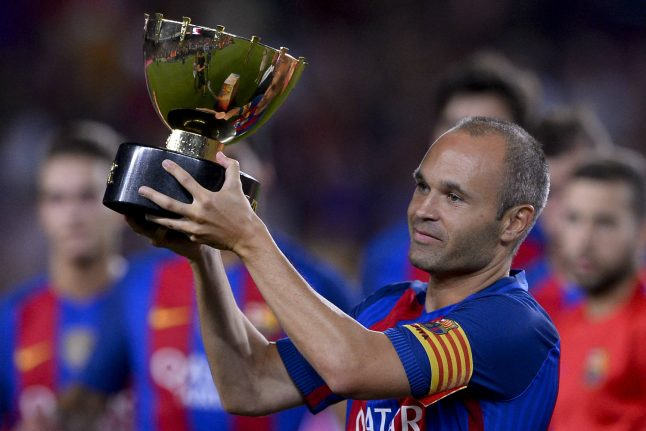Barça hero Iniesta likely to extend contract