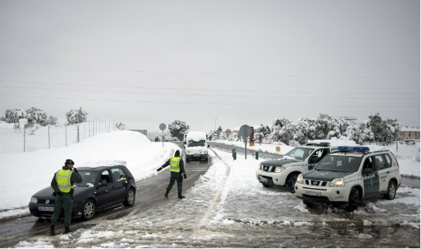 Hundreds trapped in vehicles overnight on Spanish roads as snow brings chaos