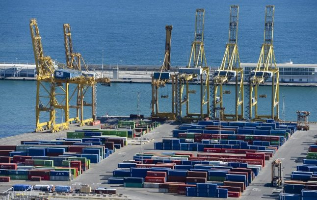 Spanish parliament defeats government plan to deregulate hiring of dock workers
