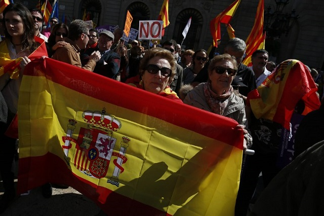 'I don't want independence, I'm Spanish': Thousands rally in Barcelona