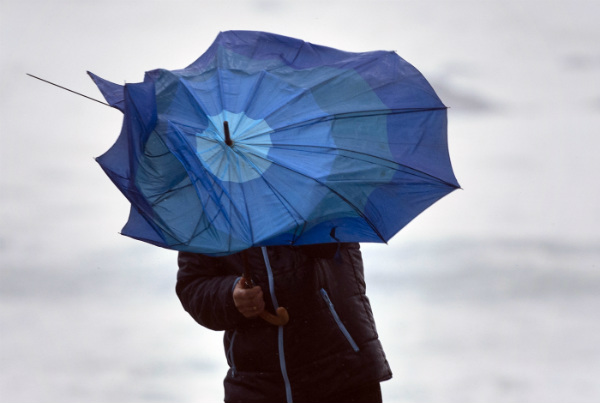 Spain braced for storms and high winds bringing end to warm spell