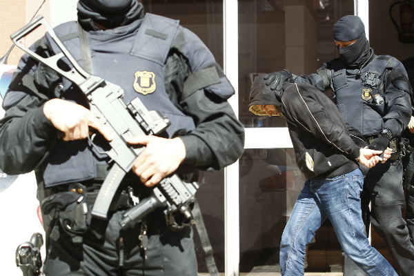 Three-man jihadist cell arrested in Spain and Morocco
