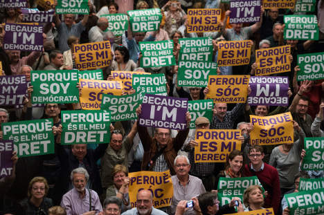 Catalan public workers caught in referendum crossfire