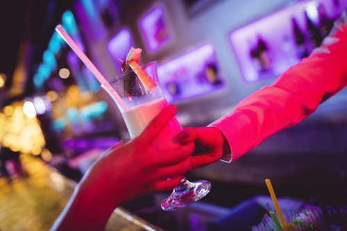 Benidorm bar slammed over ad for 'barmaids without boyfriends'