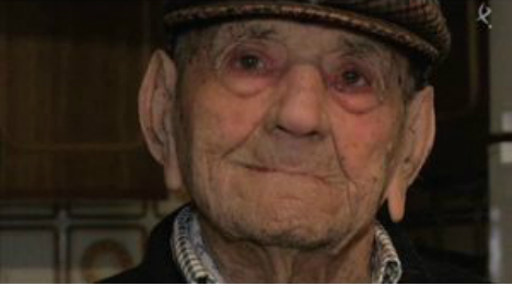 112-year-old Spaniard claims title of world's oldest man