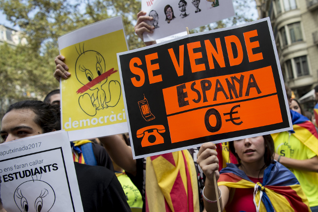 Analysis: Could Madrid do more to convince Catalans?