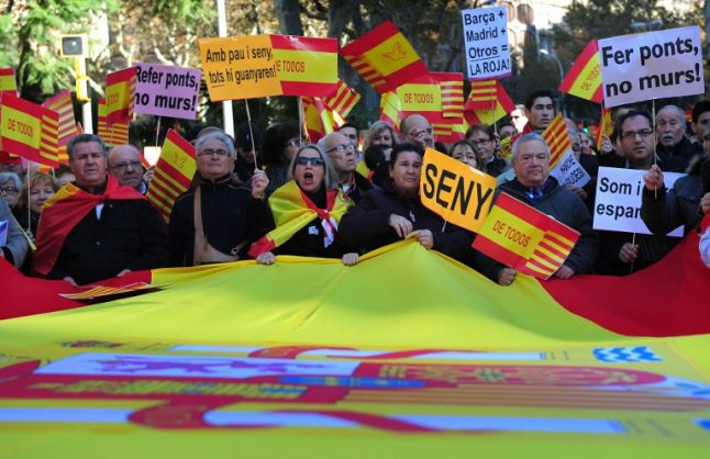 Anti-independence Catalans keep low profile but could be 'silent majority'