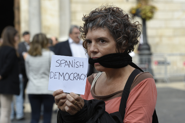 Protests in Catalonia over detention of key separatists
