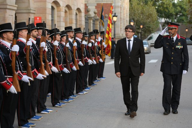 From zero to separatists' hero: Catalan police chief Trapero back in court over sedition accusation