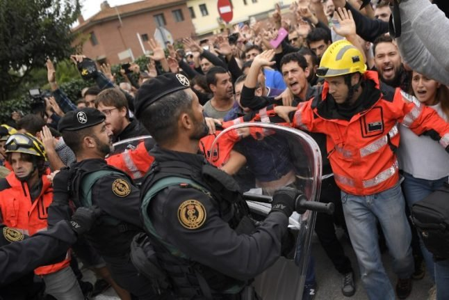 AS IT HAPPENED: Clashes at polling stations as Catalonia holds independence referendum