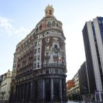 CaixaBank's profits double before moving from Barcelona to Valencia