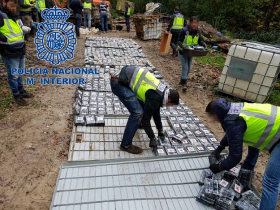 Spain seizes 1.2 tonnes of cocaine and dismantles 'international drug trafficking network'